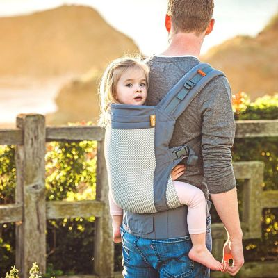 Beco Toddler Carrier Cool Dark Grey Mesh used by father to backcarry pre-schooler