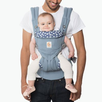 Ergobaby Omni 360 Cotton Baby Carrier Starry Sky front facing baby close up
