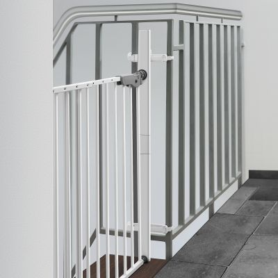 Reer StairFlex Safety Gate Adapter Kit for Railings (46906) used with a wall mounted s-gate at the top of stairs