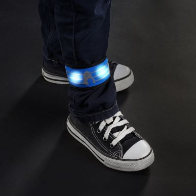 Reer MyTwinkleGuard Reflective LED Snap On Arm Band Blue (53042) used on the ankle