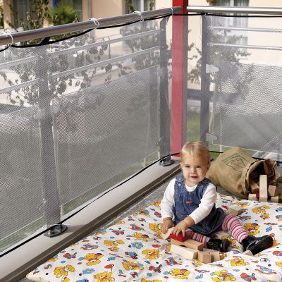Reer Balcony Net (71743) provides a netting barrier over the railings of the balcony to prevent things from falling off the balcony
