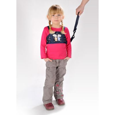Reer Safety Harness & Reins used on a little girl